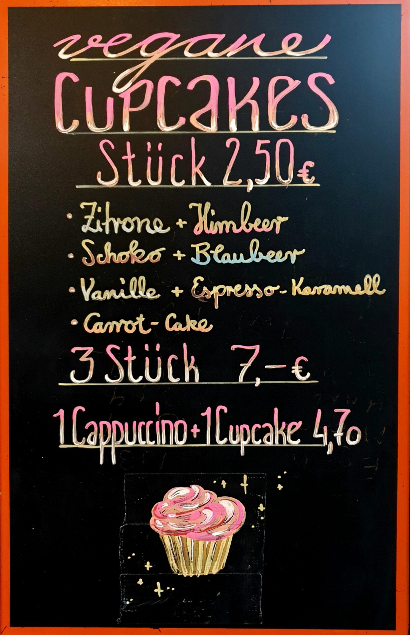 Feldstern Hamburg Veganer Cupcake Preis 2.50 Euro Stück. 3 Stück 7 Euro.